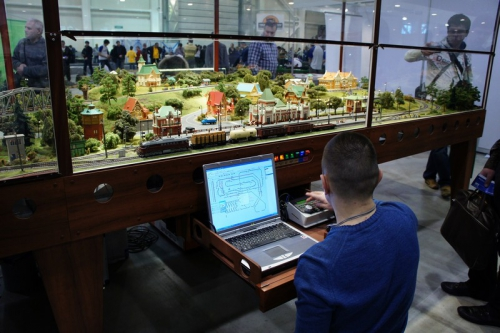 2011-03-25_Moscow_Hobby_Show_S_007