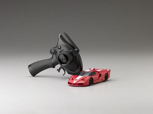 Шасси MR-02EX-MM с кузовом Ferrari FXX Red
