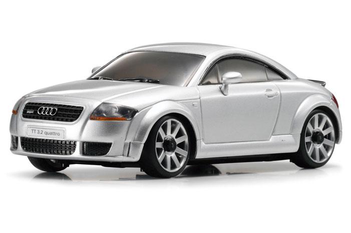 audi_tt_coupe_32_quattro_s-line_silver
