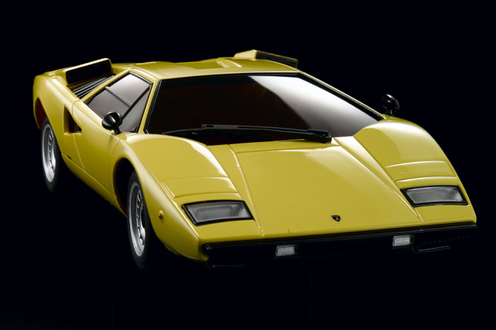 lamborghini_countach_lp400_yellow
