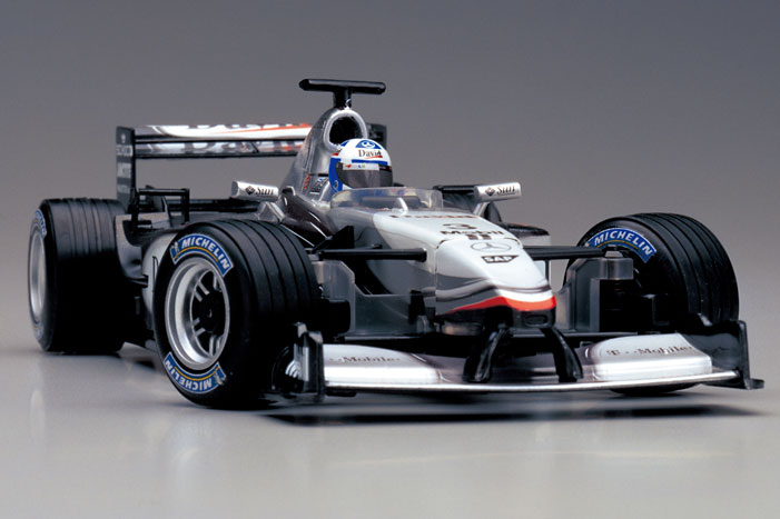 mclaren_mercedes_mp4-17_no4