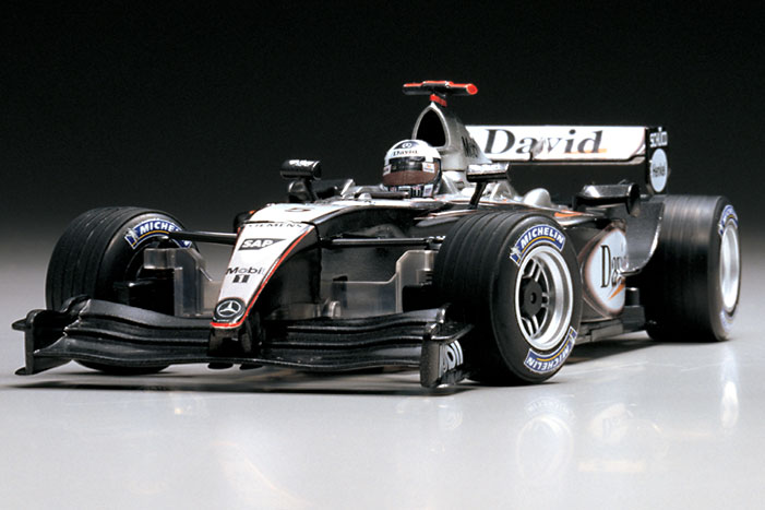 mclaren_mercedes_mp4-19_no5