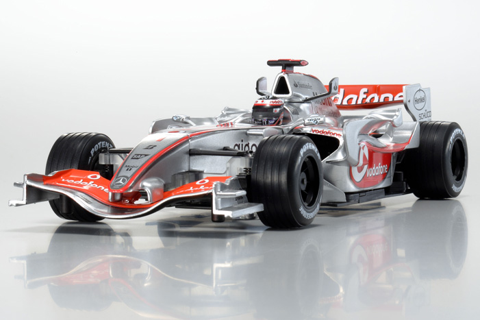 mclaren_mercedes_vodafone_mp4-22_no1