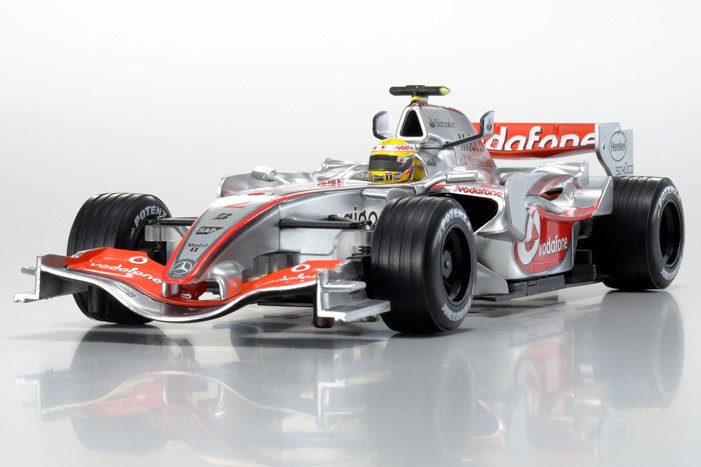 mclaren_mercedes_vodafone_mp4-22_no2