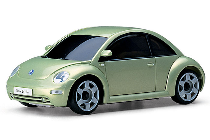 volkswagen_new_beetle_metallic_green
